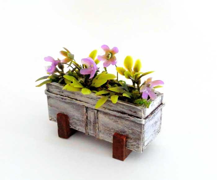 画像1: ウィンドゥボックス(すみれ色の花)