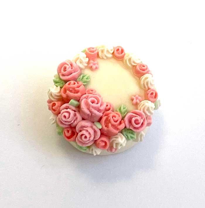 画像1: バラのデコレーションケーキ