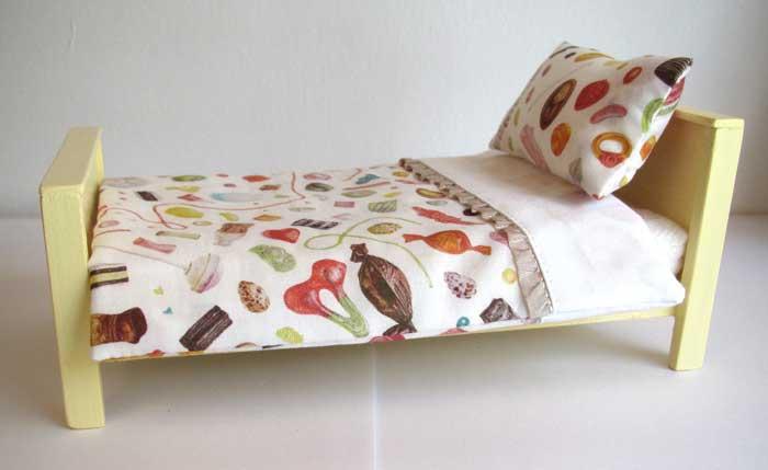 画像3: ベッド&お布団セット(スイーツ柄)