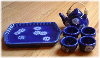 画像1: 急須とお湯のみセット・藍染花紋