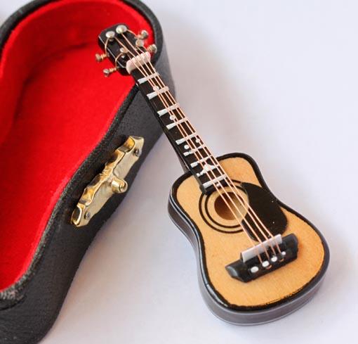 画像1: フォークギター