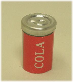 画像1: コーラ缶1本