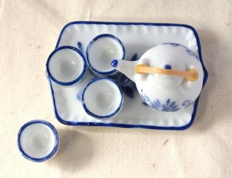 画像2: 急須とお湯のみセット・ブルー唐草
