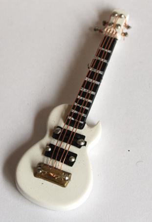 画像1: エレキギター・レスポール・ホワイト