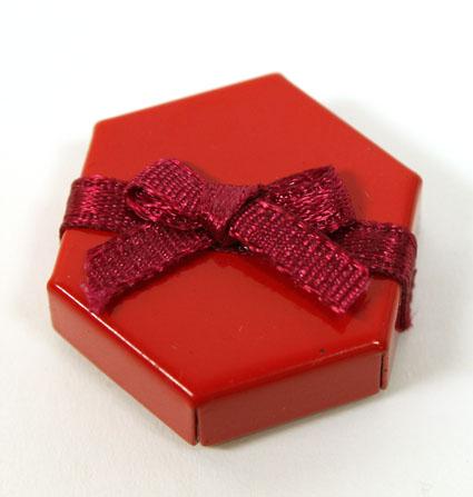 画像1: 赤い六角BOX
