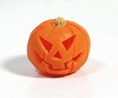画像1: くり抜きハロウィンかぼちゃ