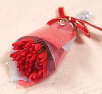 画像1: チューリップ花束・赤